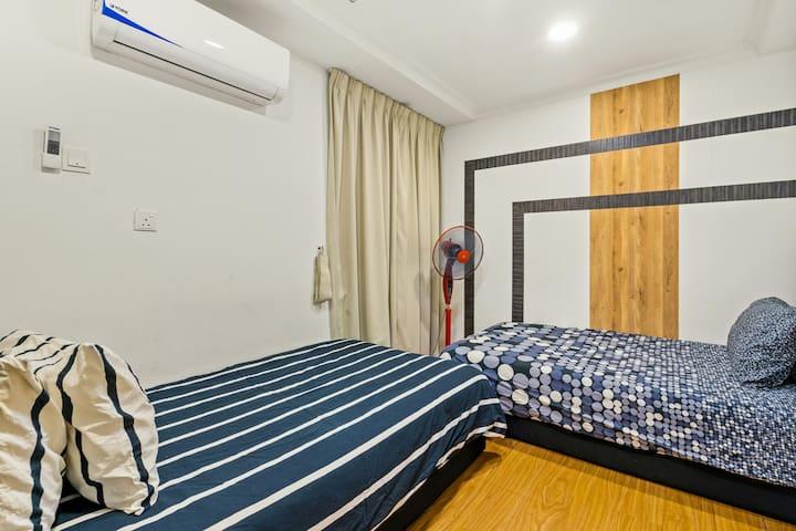 Bedroom 4 (2 single bed)