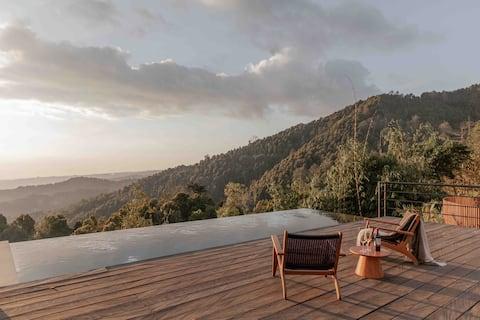 duma cabin: A Munduk Mountain Oasis