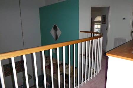 Affordable, Quiet Bedroom near Bike Trail - Inverness - Dom