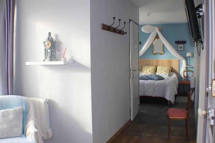 chambres indépendante  proche du Mont St Michel