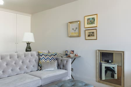 Large, chic, private studio space for two