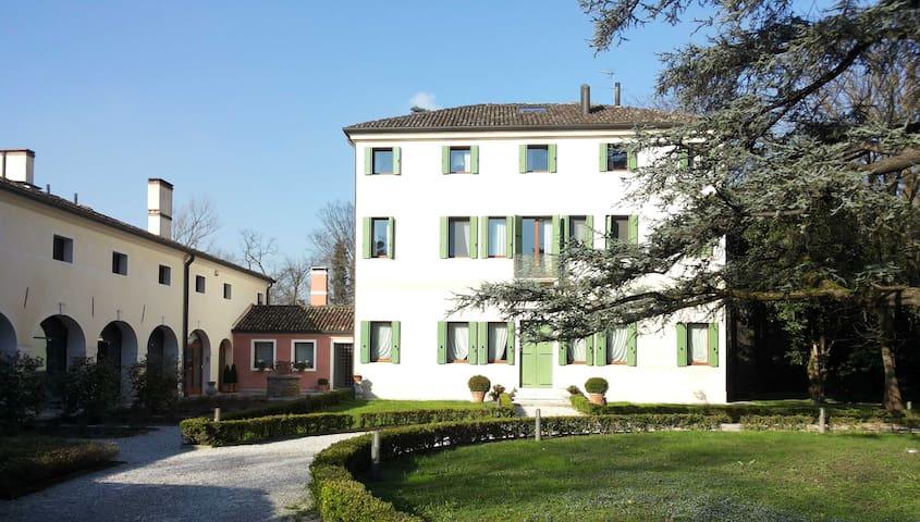 CASA VILLA TAVONI - Mogliano Veneto - Flat