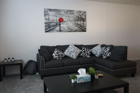 Perfectly Located Chic Modern 2 Bed Condominium