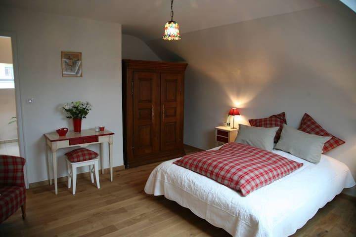 Les Chambres du Beau Regard - Villé - Bed & Breakfast