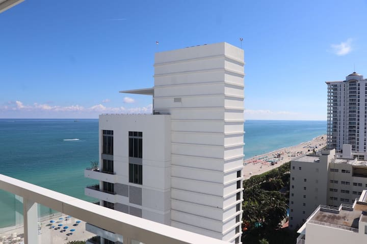 Fontainebleau Miami Beach Jr Suite Great Views!!