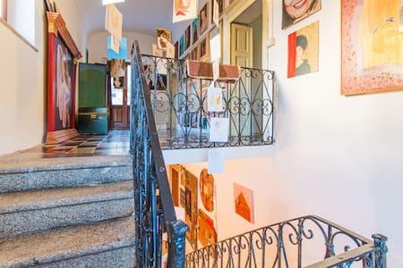 Double Room in Casa Manconi - Nuoro - Σπίτι