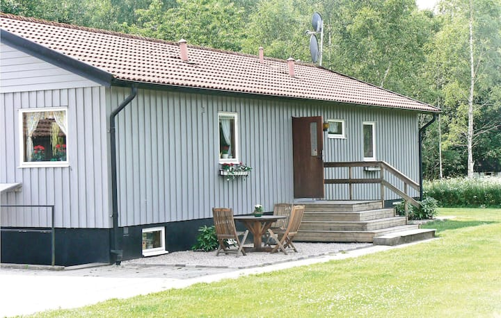 Nice home in Svenljunga with Sauna and 4 Bedrooms