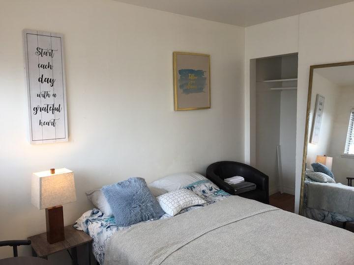 Basic Motel Room Lawndale