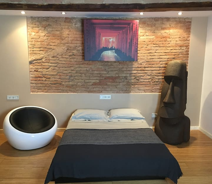 Art Loft in the middle of la Rambla