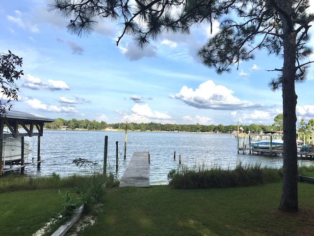 3Bd Charming Waterfront Cottage;Private Beach/Dock