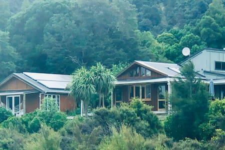 Featherston-Tauherenikau River BnB