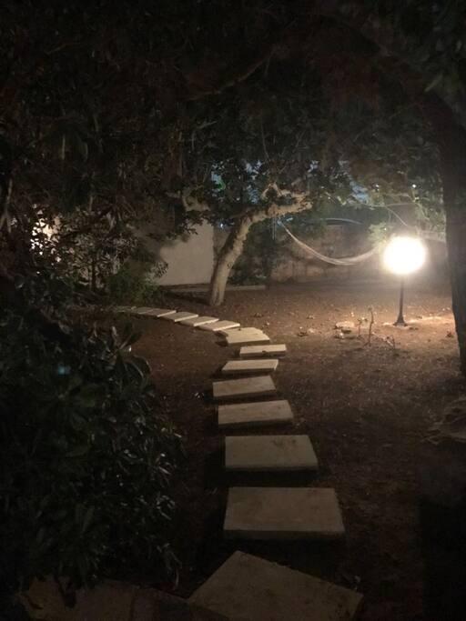 Il sentiero che vi indirizza alla vostra stanza ..