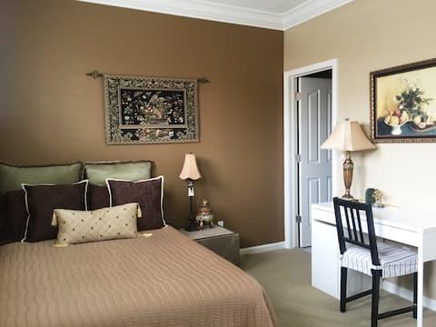 Beautiful private room in Danville Short/Long term