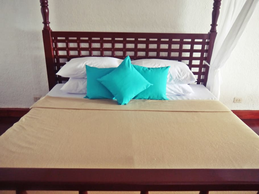 Deluxe Room *Good for 2 persons *Fully airconditioned rooms with hot and cold shower *Complimentary in-room coffee and tea *Car service for 2 persons: Php3,500 *Van service for 7 persons: Php4,500 *Check-in Time: 2:00pm *Check-out Time: 12:00noon