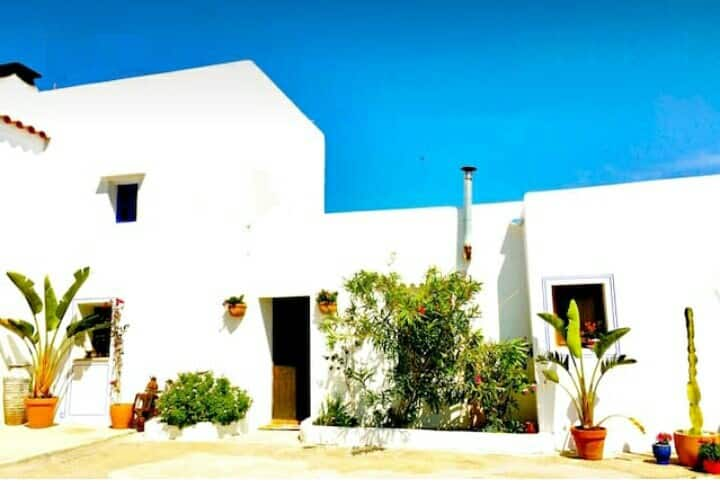 Una casa con vistas en San Juan De Labritja