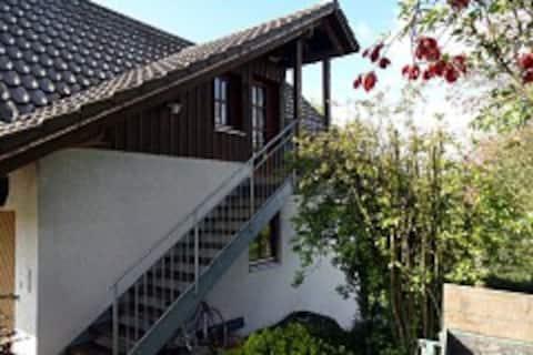 Ruhig gelegene Ferienwohnung, schöne Dachterrasse