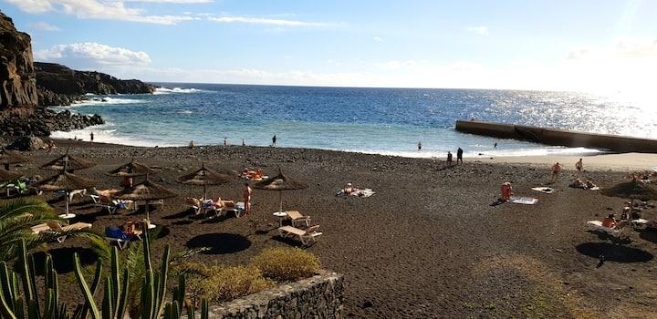 Callao Sun, con piscina y playa
