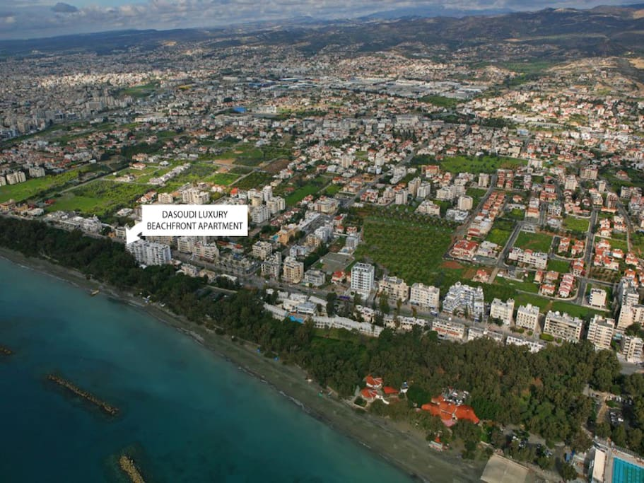 Location of the Apartment - Directly on the beach!
