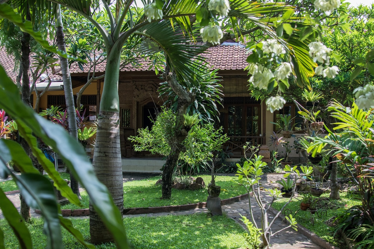 Kecamatan Buleleng 2018 (with Photos): Top 20 Places To Stay In Kecamatan  Buleleng   Vacation Rentals, Vacation Homes   Airbnb Kecamatan Buleleng,  Bali, ...