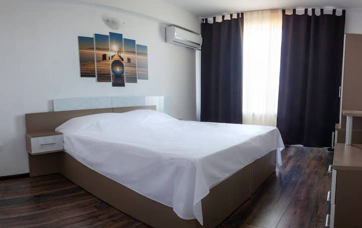 Prolet Guest House Caramel Room