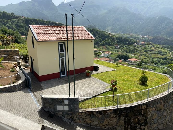 Zef's Cottage 2 in Sao Vicente
