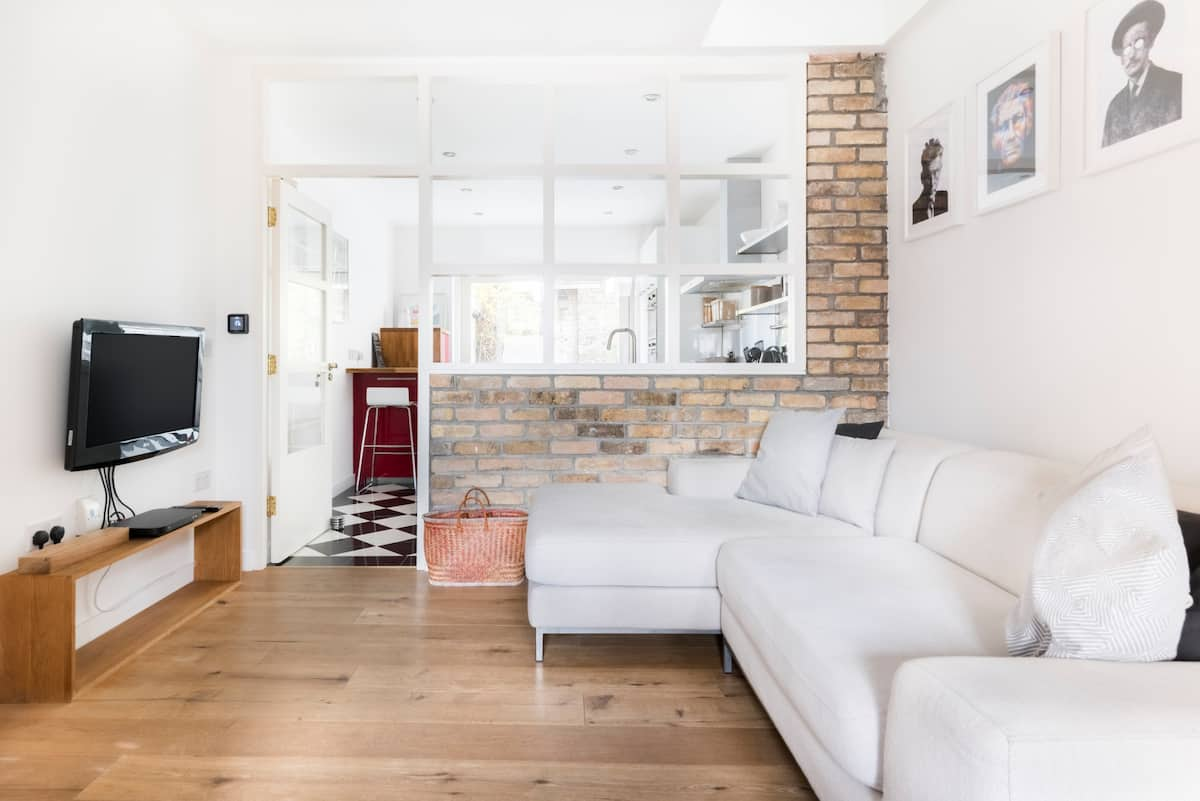 Cosy Townhouse with a Patio in the Heart of Dublin