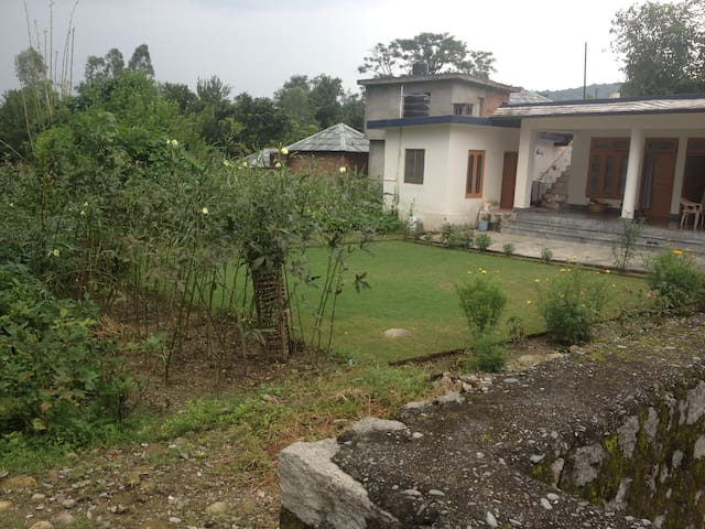 Peaceful Stay near Dharamshala - Kangra - Ev