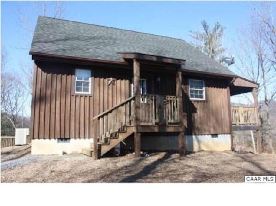 Tyro mountain view cabin cottages for rent in tyro for Tye river cabin co