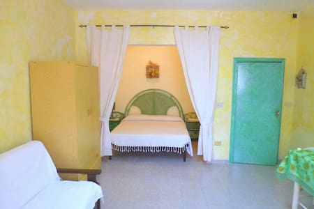 Studio near the center and the Rena Bianca beach - Santa Teresa Gallura - Appartement