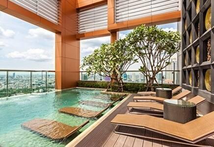 Luxury2BDs 2Mins BTS ChongNonSi @Heart of Bangkok - Bangkok