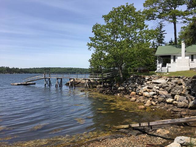 Will Alley Way waterfront three bedroom home on the Damariscotta River in South Bristol Maine