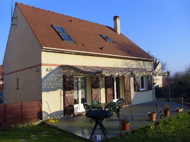 Pavillon individuel à 30 min au Sud de Paris.