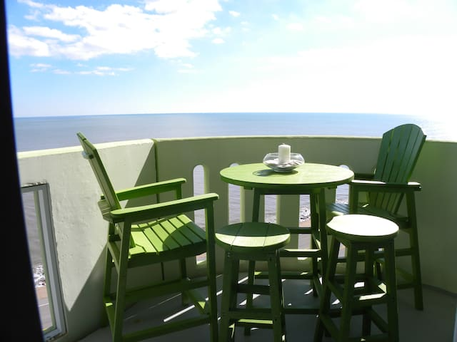 Amazing Gulf & Bay Views! Ocean Grove Condo