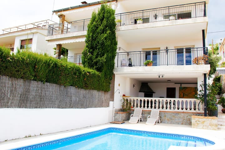 Charming Mediterranean House - Segur de Calafell