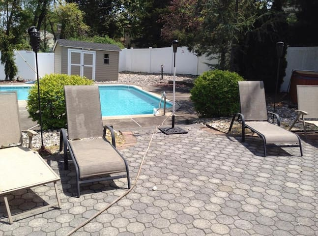 Summer Get Away in Jackson, NJ... Your Oasis Home!