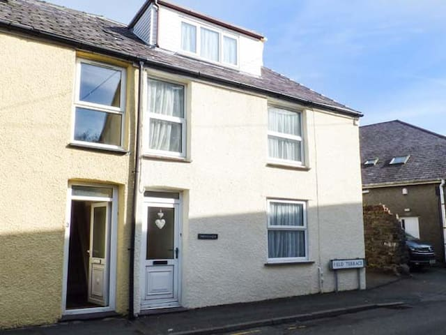 MEIRIONFA, pet friendly in Llanberis, Ref 938178