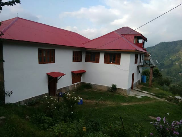Blissful experience in apple farms - Kotkhai - Bungalow