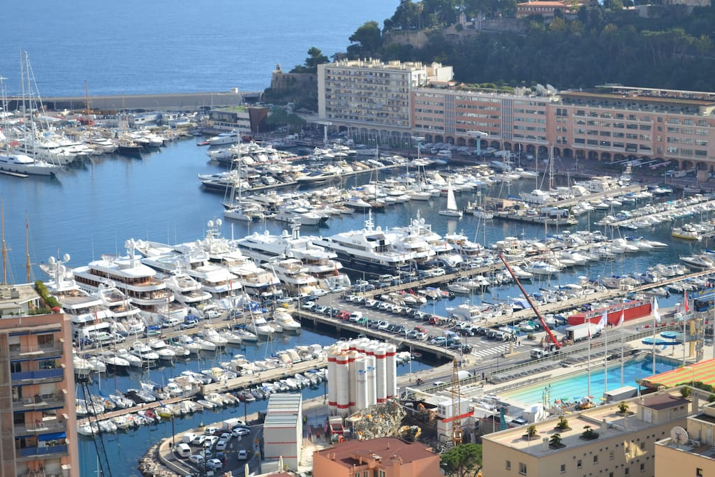 Terrace oriented south view on Formula 1 Grand Prix and Monaco harbour view.
