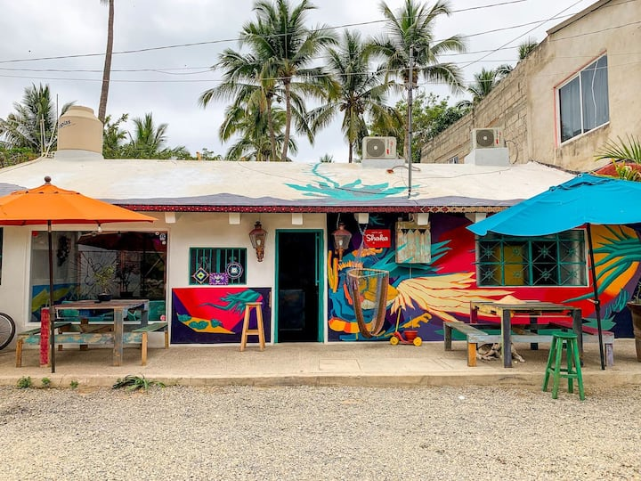 *Clean Surf Hostel San Pancho (1 block from beach)