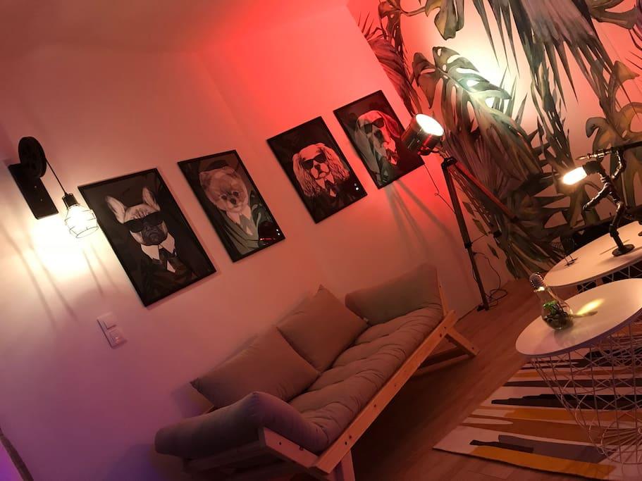 Salon - Devine un rêve - Appartement et spa privatif