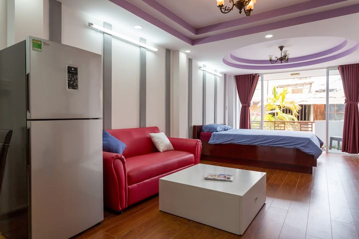 Near Ben Thanh Market - Stylish Studio Apartment
