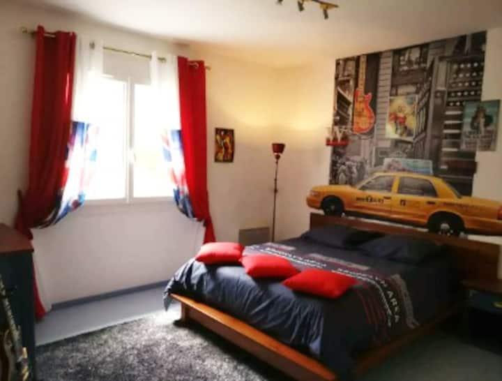 Chambre privée dans villa à Artigues près Bordeaux