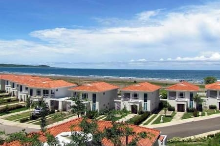 Beautiful house in Cartagena Sea View