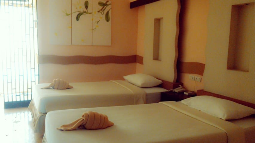 โรงแรม เดอะเล็คกาซี่ นนทบุรี - Nonthaburi - Bed & Breakfast