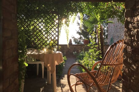 Central house with garden and amazing  view - Città della Pieve