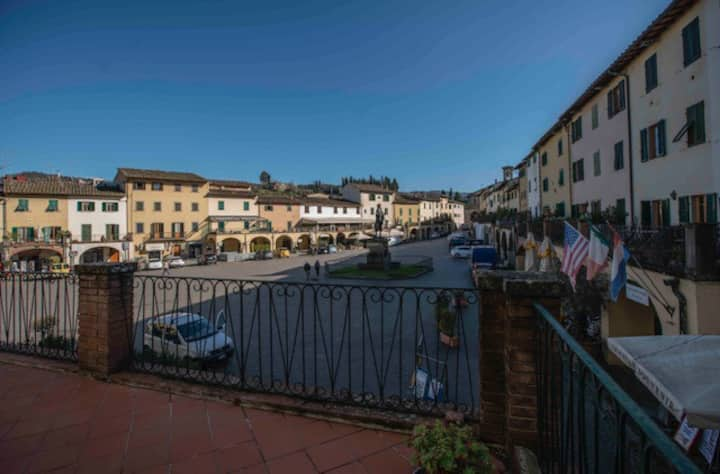 - appartamento e terrazza in Piazza- LGBT welcome