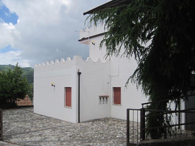 Appartamento panoramico a Rivello - Prato - Lejlighed