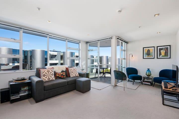 *Discounted Rate* Modern Apartment - Waimahana 12