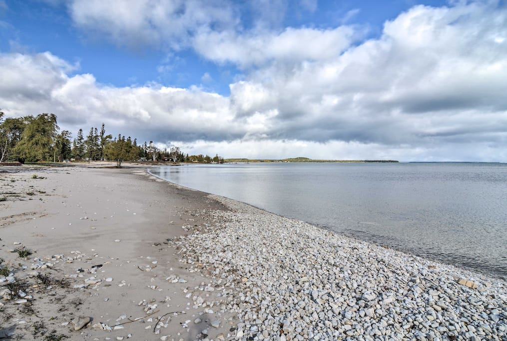 Begin your lakefront retreat at this vacation rental studio in St. Ignace!