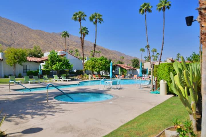 Mesa Vista Villa in South Palm Springs
